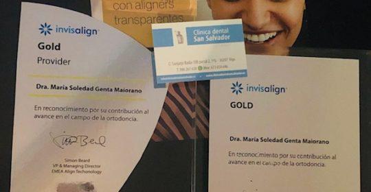 Nuestra doctora Soledad Genta Maiorano ha recibido el reconocimiento de Invisalign «Gold´´. Enhorabuena.